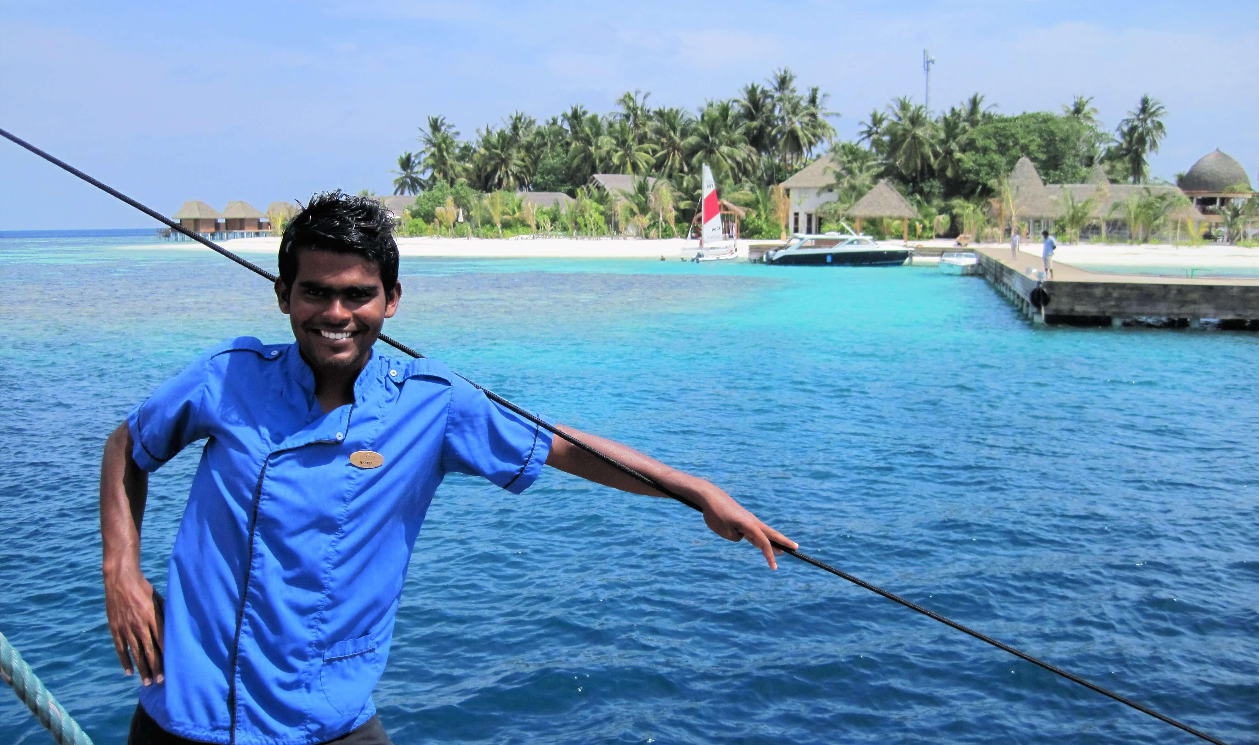 Membre de notre équipage lors de la croisière Maldives