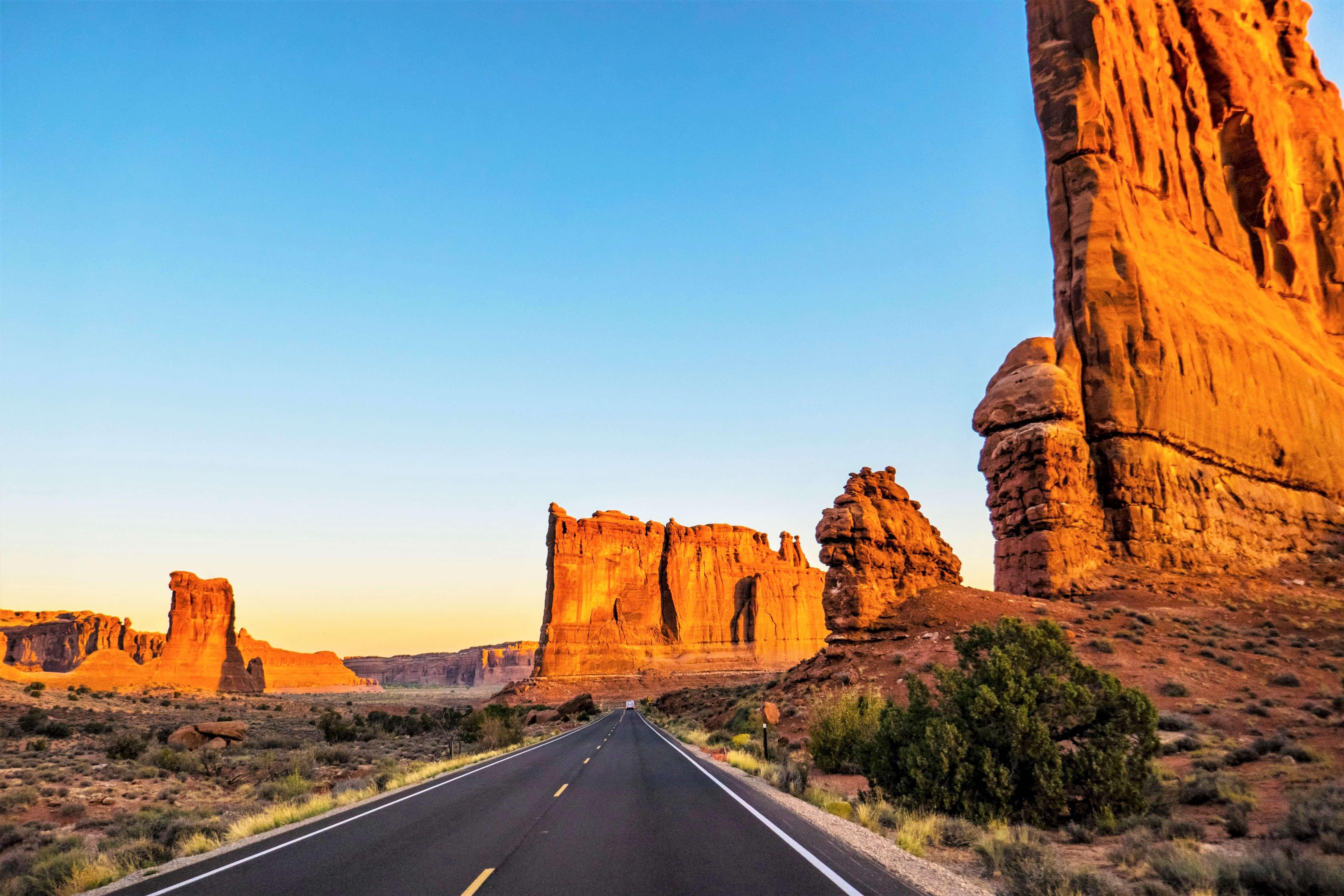 Route du parc national des Arches à Moab dans l'Utah