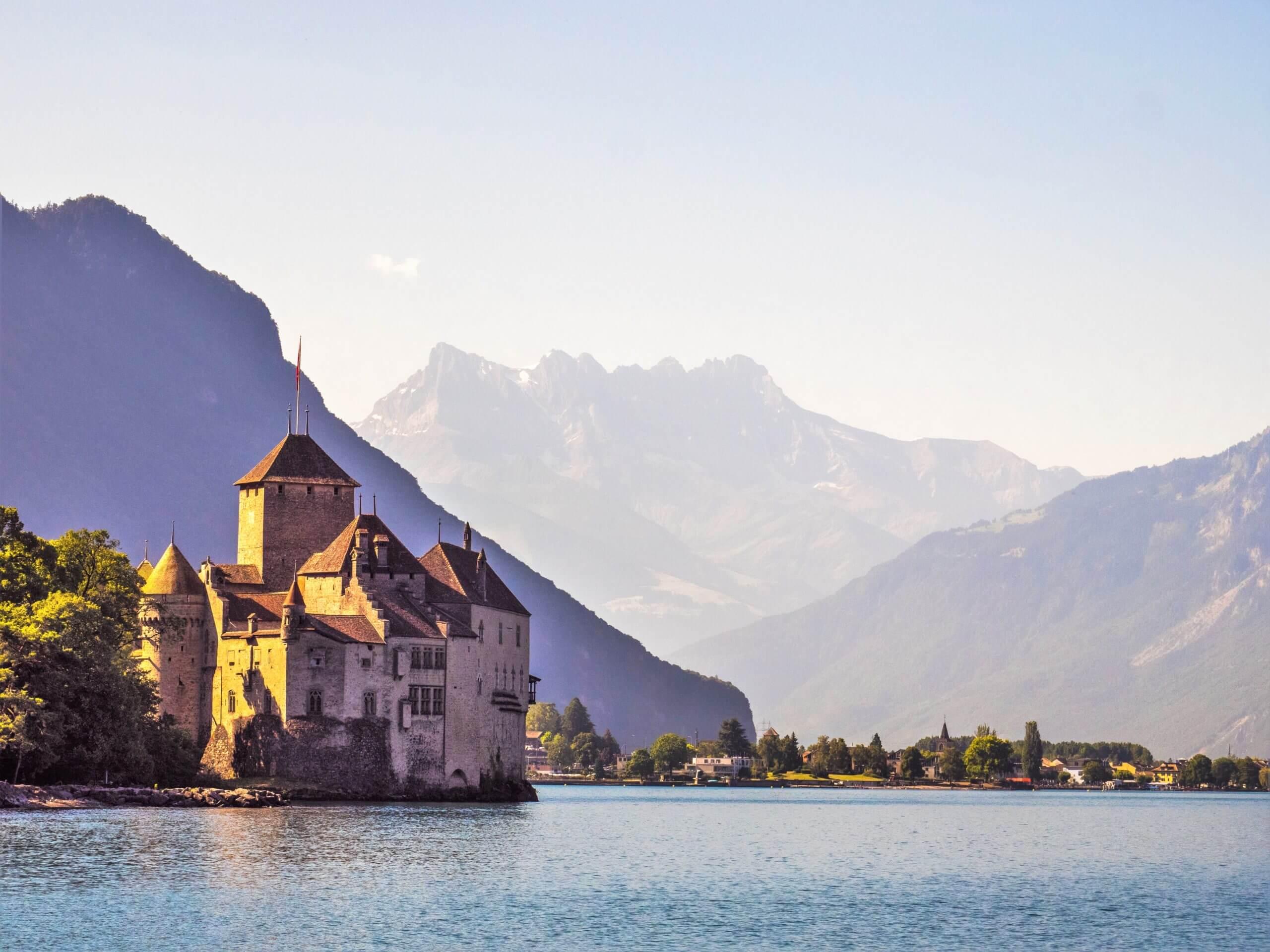 Chateau de Chillon et Dents du Midi